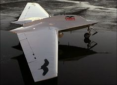 STRANGE MILITARY EXPERIMENTAL AIRCRAFT - THE CORAX - STEALTH DRONE
