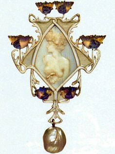 Lalique 1900-02 signed 'Female Half-figure' Pendant Brooch: shaped w/a female head & torso in low relief on the central ivory plaque. The frame is of white-&-lavender glass poppy blossoms whose stems form a symmetrical pattern of beige enamel & gold. A baroque pearl hangs from the base. Acquired from the artist in 1901. Calouste Gulbenkian Mus - yablor.ru