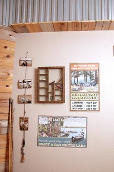 This antique fishing pole becomes a display holder for family pictures! Fishing Pole Decor, Vintage Fishing Lures, Fishing Bedroom, Bass Fishing, Hunting Bedroom, Fishing Tips, Displaying Family Pictures, Fish Tank Coffee Table, Pole Art