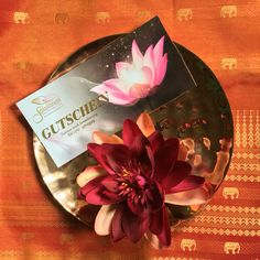 Die 11 Besten Bilder Von Massage Gutschein Diy Presents Gift