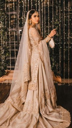 Pakistani Fashion Party Wear, Pakistani Wedding Outfits, Indian Bridal Outfits, Indian Bridal Fashion, Indian Fashion Dresses, Pakistani Wedding Dresses, Indian Designer Outfits, Asian Bridal Dresses, Desi Wedding Dresses