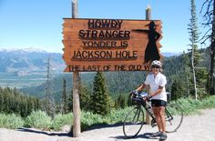 Fully supported cross country bicycle rides.  Across America North (Short Description) — America by Bicycle