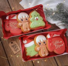 Christmas Favors, Christmas Baking, Christmas Cookies, Christmas Ornaments, Cut Out Cookies, Cute Cookies, Cupcake Cookies, Holiday Parties, Holiday Decor