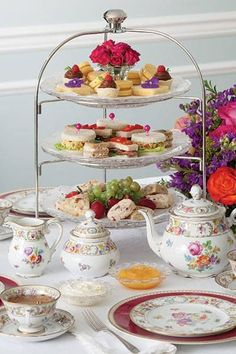 Pretty English afternoon tea!