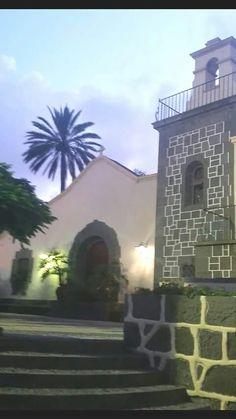 INTERIOR DEL PUEBLO CANARIO PARQUE DORAMAS