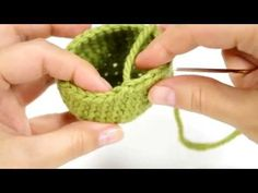 Finishing an open amigurumi piece (right-handed) - YouTube