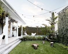 ev decor magnolia homes, byron beach и outdoor rooms Outdoor Areas, Outdoor Rooms, Outdoor Living, Byron Bay Beach, Houses Architecture, House Ideas, Magnolia Homes, Back Gardens, Outdoor Entertaining