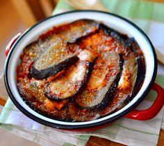 Gratin d'aubergines, tomates, mozza façon lasagnes