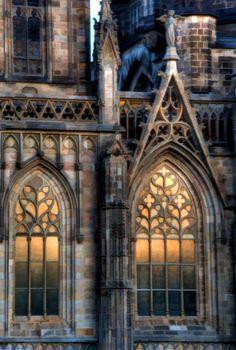 Glorious stone and Gothic windows Gothic Architecture, Beautiful Architecture, Beautiful Buildings, Architecture Details, Beautiful Places, Gothic Windows, Church Windows, Arched Windows, Cathedral Church