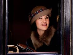 Downton Abbey series 5, episode 3: New pictures show Lady Mary looking happy - News - TV & Radio - The Independent