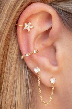 Bijoux Piercing Septum, Unique Ear Piercings, Ear Piercings Chart, Ear Peircings, Double Ear Piercings, Ear Piercings Helix, Piercings For Girls, Cute Piercings, Ear Jewelry