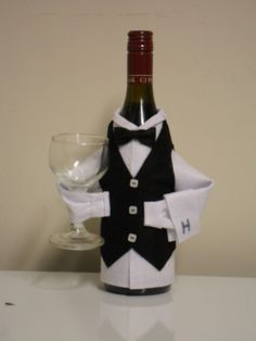 Wine Bottle Crafts | Wine Bottle Covers an Ideal Novelty Gift You Can Make Easily | Sewing ...: