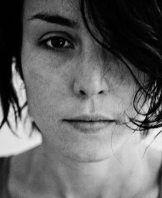 Noomi Rapace. Lisbeth Salander, Noomi Rapace, Swedish Actresses, Beautiful People, Beautiful Women, Portraits, Girl Short Hair, Arizona Robbins, Interesting Faces