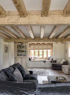 Living Room Decor Items, Cottage Living Rooms, Cottage Interiors, House Rooms, Dream Home Design, Home Interior Design, Interior Ideas, Barn Conversion Interiors, Border Oak