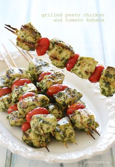 Skinny Grilled Pesto Chicken and Tomato Kebabs ~ These chicken kebobs just SCREAM summer, made with skinny basil pesto and grape tomatoes, flo fat, calories and guide tips cooking Grilling Recipes, Paleo Recipes, Cooking Recipes, Meat Recipes, Kabob Recipes, Barbecue Recipes, Drink Recipes, Cooking Tips, Recipies