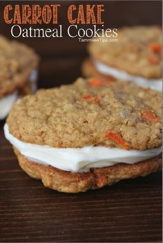 Carrot Cake Oatmeal Cookies Recipe- I bet these are good. Want to try them with turbinado and orange zest on top like Chris does with the carrot cake cupcakes. Cookie Desserts, Just Desserts, Cookie Recipes, Dessert Recipes, Picnic Recipes, Picnic Ideas, Picnic Foods, Burger Recipes, Pie Recipes