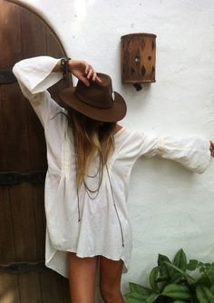 breezy dress or cover-up & hat