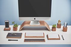 MacRumors Giveaway: Win a Complete Desk Accessory Set From Grovemade - Mac Rumors