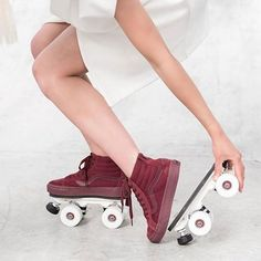 ⚡️Vans into roller skates by Sock Shoes, Cute Shoes, Me Too Shoes, Roller Derby, Roller Skating, Basket A Roulette, Rollers, Girl Outfits, Cute Outfits
