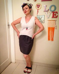 Look minimal. Estréia da saia que fiz sábado e mostrei no SnapChat (francinelacerda) ✂️ #francinelacerda #costuracomestilo #francinelacerdapatterns #costura #sewing #minimalism #minimal #regatamarcela #marcelatop