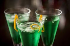 Crème de menthe is a mint flavored liqueur that is commonly used in cocktails and comes in white and green. Read more and browse cocktails. Midori Cocktails, Cocktails To Try, Refreshing Cocktails, Cocktail Drinks, Cocktail Recipes, Drink Recipes, Alcohol Recipes, Alcoholic Drinks, Drinks Alcohol