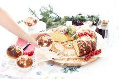 Roscón de Reyes, el definitivo Xmas Food, Christmas Desserts, Spanish Christmas, Sweet Recipes, Holiday Recipes, Camembert Cheese, Cake, Dairy, Favorite Recipes