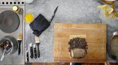 Gordon Ramsay's Beef Wellington Recipe | Easy Recipe Gordon Ramsey Beef Wellington, Easy Beef Wellington, Beef Wellington Recipe, Wellington Food, Beef Tenderloin Roast, Beef Fillet, Detox Chicken Soup, Chef Gordon Ramsey, Romanian Recipes