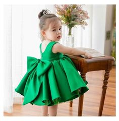 {Typical and customized newborn baby gown, creates the best answer. Little Girl Christmas Dresses, Toddler Christmas Dress, Little Girl Dresses, Girls Dresses, Flower Girl Dresses, Baby Girl Birthday Dress, Baby Girl Party Dresses, Birthday Dresses, Kids Robes