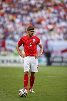 Steven Gerrard Photos: England v Honduras - International Friendly