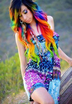 Cabelos coloridos  | via Tumblr #neon #boho #bohemian