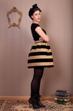 #lemoutonbleu #velvet #winter #puffyskirt #etsy #stripes