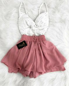 Cute Comfy Outfits, Cute Summer Outfits, Stylish Outfits, Cool Outfits, Teen Fashion Outfits, Girl Fashion, Crop Top Outfits, Teenager Outfits, Look Cool