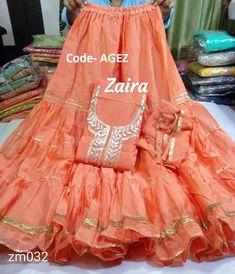 Ikkat Dresses, Shadi Dresses, Pakistani Dresses, Indian Dresses, Gharara Designs, Kurta Designs Women, Lehenga Designs, Sarara Dress, Lehnga Dress