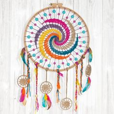Bastelanleitung: traumfänger in boho-farben handicraft / elişi ловцы снов, Dreamcatchers, Diy Crafts To Sell, Diy Crafts For Kids, Cat Crafts, Kids Diy, Dreamcatcher Crochet, Motif Mandala Crochet, Diy Dream Catcher Tutorial, Dream Catcher Craft