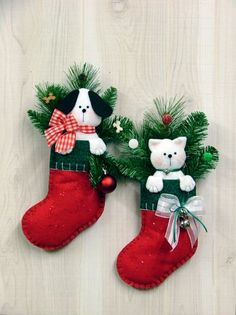 Puppy & Kitten Stocking Wall Hangings - So Cute!