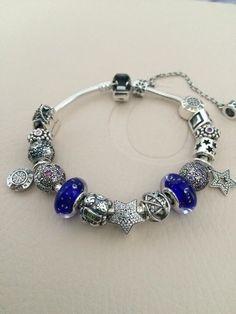 Pandora bracelet with blue Bijoux et charms Pandora à retrouver sur www.bijoux-et-charms.fr