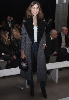Pin for Later: Les Stars Sont au premier Rang Pour la Fashion Week de New York Alexa Chung Au défilé Edun.