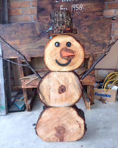 LOG SLICE SNOW MAN