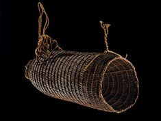 Hinaki (eel/fish trap). Te Papa (ME011844) Bird Trap, Values Education, Star Cluster, Classroom Posters, Months In A Year, Teaching Resources, Learning, Fish, Aqua