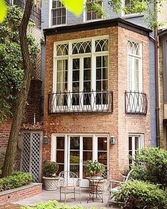 Beautiful architecture in New York. Those windows and brick! It's all about the details.  Via @traditionalhome