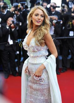 Then there is newly crowned MILF, aka Blake Lively. | Blake Lively And Ryan Reynolds Are Now Officially A MILF And DILF