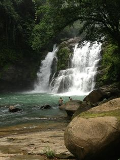 Nauyaca Waterfalls à Dominical, Puntarenas