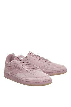 L2017 http://www.topshop.com/en/tsuk/product/shoes-430/trainers-5399321/club-c-85-trainers-by-reebok-6914368?bi=20