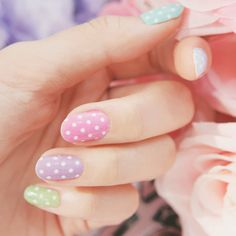 We love this polka dot pastel look!