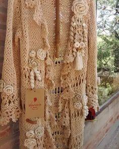 Crochet Jacket, Crochet Shawl, Knit Crochet, Crochet Fashion, Knitting Projects, Cute Outfits, Textiles, Embroidery, Boho
