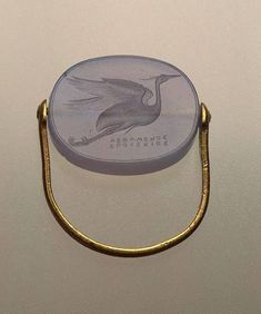 Flying Heron , century B. Ancient Greece (Why not one like this with the amethyst? Probably cheaper yet historically interesting and nice style. No engraving. Roman Jewelry, Greek Jewelry, Old Jewelry, Jewelry Art, Antique Jewelry, Jewelry Rings, Jewelery, Vintage Jewelry, Jewelry Design