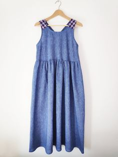Another In the Folds pattern that I love. I extended the top into a dress and its just so lovely, light and airy to wear. Lauren Taylor, Beautiful Patterns, Im In Love, Thrifting, Summer Dresses, Sewing, Sweet, How To Wear, Stuff To Buy