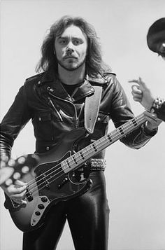 Bassist Ian Hill of British heavy metal band Judas Priest, at the video shoot for the group's single, 'Don't Go', January Greys Anatomy Memes, Judas Priest, Jack White, Heavy Metal Bands, Thomas Brodie Sangster, Black Sabbath, The Godfather, Concert Posters, Led Zeppelin