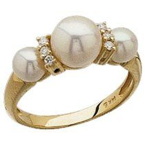14k Yellow Gold FreshWater Cultured White Pearl Diamond Ring