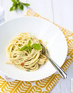 """Avocadopasta from new cookbook """"Safkaa"""""""